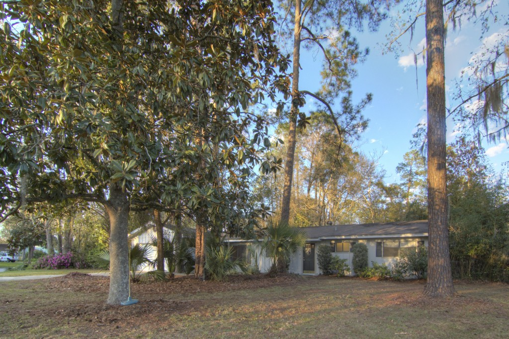 9532 NW 6th Place, Gainesville, FL