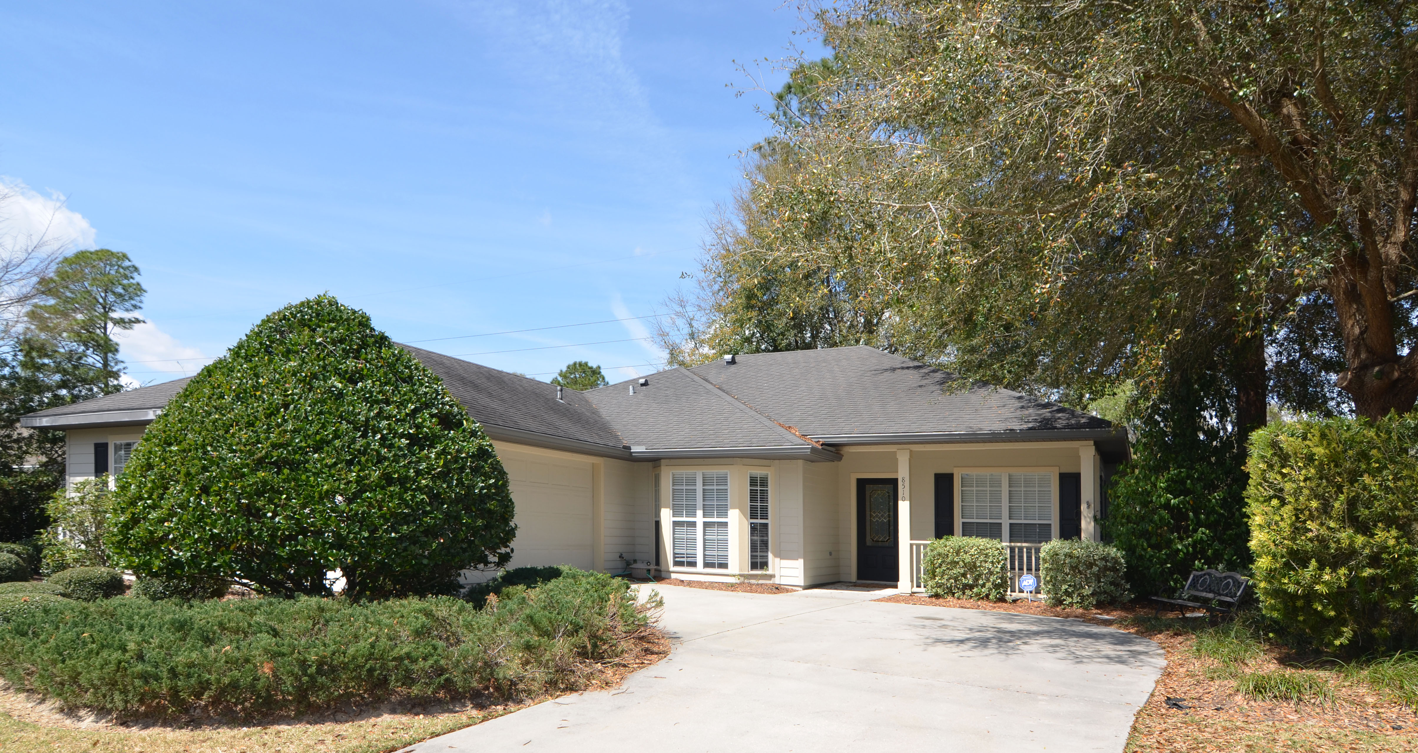 Sold: Mentone Home at 8510 SW 66th Lane Gainesville FL 32608