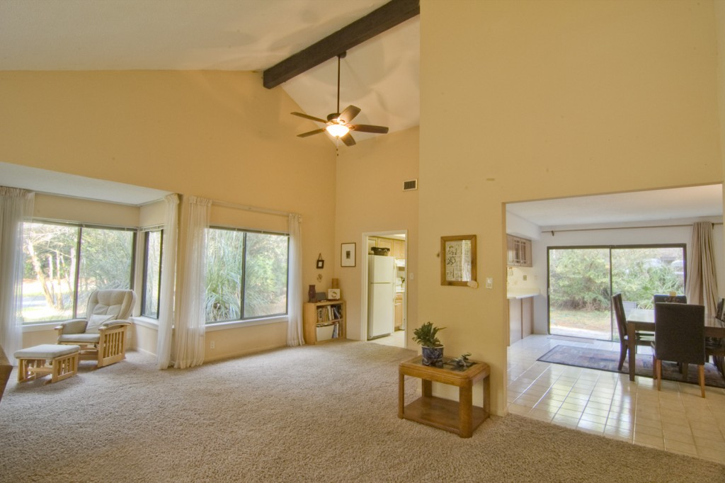 livingroom01 MLS 348673